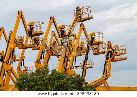 Lot Of Aerial Work Platforms. Articulating Boom Lifts