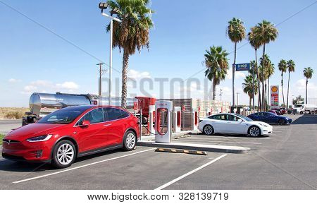 Bakersfield, Ca - Sept 28, 2019: Tesla Super Charging Station On Stockdale Hwy And 5 Fwy. Supercharg