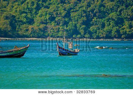 Burmese boat