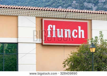 Guilherand-granges, France - October 17, 2019. Logo Of Flunch Fast Casual Cafeteria Is Seen In Guilh