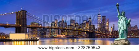 Panorama Statue of liberty Brooklyn bridge with Lower Manhattan skyscrapers bulding for New York City in New York State NY , USA