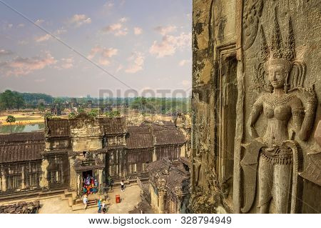 Angkor Wat, Siem Reap/cambodia - February 2 2018: Religious Decoration In The Temple Complex Of Angk