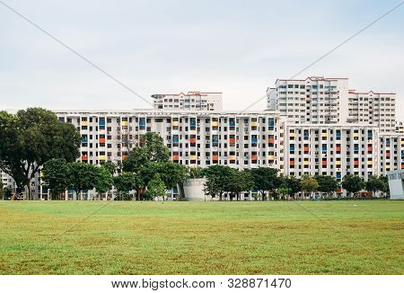 Singapore-31 May 2018:singapore Colorful Residential Hdb Building Hdb Skyline