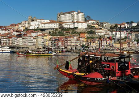 Porto, Portugal - December 02, 2019: View Of The A Ribeira Zone And The City Of Porto At Sunrise Wit