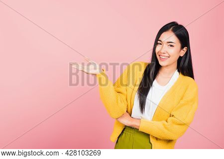 Asian Happy Portrait Beautiful Cute Young Woman Smile Standing Presenting Product Holding Something