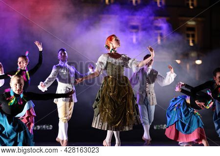 Krakow, Poland - July 25, 2021: Artists In Costumes Performing On Stage During A Show Of Court Dance
