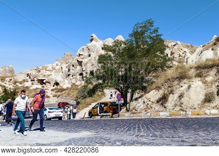 Goreme, Turkey - October 4, 2020: Unidentified Visitors Are In The Open Air Museum Among The Rocks W