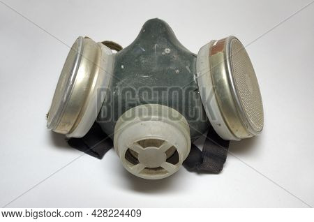Gas Mask On Half Face. Painting Respirator For Safety Working While Chemical Dust. With Clipping Pat