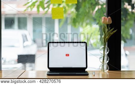 Chiang Mai, Thailand - June 6, 2021 : Youtube Logo On The Screen Ipad Pro. Youtube Is The Popular We