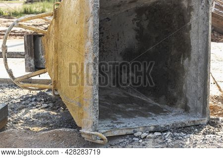 Cone Tank For Conveying And Pouring Concrete In Monolithic Construction By Crane. A Capacity For Tra