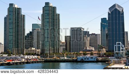 San Diego,ca - May 2,2014:a View Of San Diego Bay And Downtown San Diego On A Spring Day, California