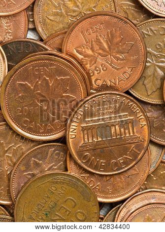 USA And Canadian Pennies