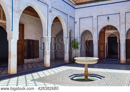 Marrakesh, Morocco - June 05, 2017: Historic Fountain In The The Bahia Palace. Is A Late 19th Centur