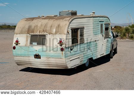 Stein's Pass, New Mexico, United States - July 12 2009: Old, Run Down Caravan Or Trailer In The Dese