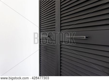 Black Wooden Wardrobe Decorated With Blinds, Wardrobe With Blinds Decoration.