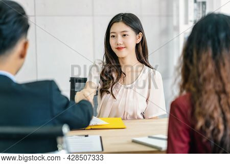 Young Asian Woman Graduate Hand Shake With Two Manager To Welcome Before Start To Job Interview With