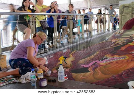 Bangkok - March 3 : An Artist (julie Kirk Purcell) During Drawing And Painting His 3D Artwork In Liv