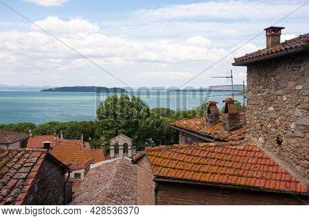 Passignano Sul Trasimeno Town View, Umbria, Italy