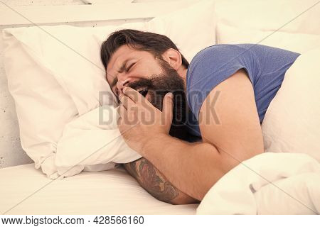 Early Morning. Bearded Man Yawn In Bed. Wake Up At Morning. Bachelor Feel Comfortable. Yawning Guy A