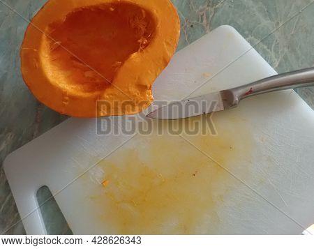 Tasty Homemade Healthy Vegetarian Pumpkin Soup