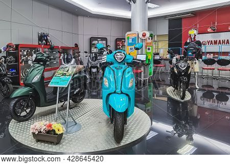 Kanchanaburi, Thailand -june 10, 2021 : Special Discounted New Yamaha Motorcycles And Accessories Fo