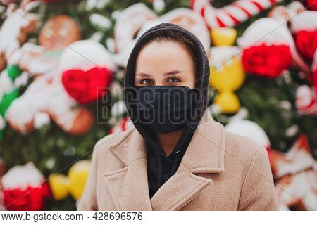 Stop Disease Spread. Young Woman In Black Face Mask Against Sickness For Coronavirus Protection, Dre