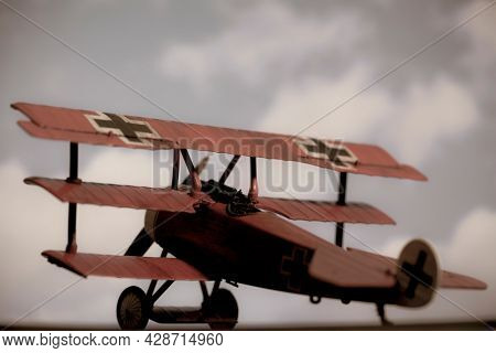 AUG 1 2021: Fokker Dr 1 Triplane - colors of the Red Barron, Manfred von Richthofen of World War 1 - New Ray model kit