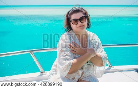 Chubby Middle Aged Woman Rest At Yacht, Mature Ladies Lifestyle, Clothes For Plus Size