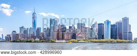 Skyline Of Financial District And Lower Manhattan In New York City, Usa