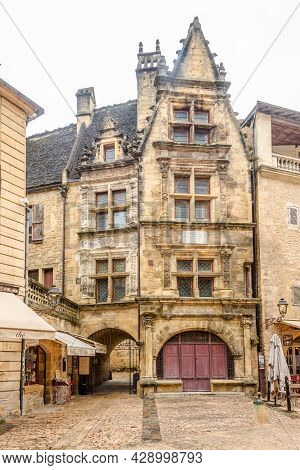Sarlat La Caneda, France - June 24,2021 - In The Streets Of Sarlat La Caneda. The Town Of Sarlat Is
