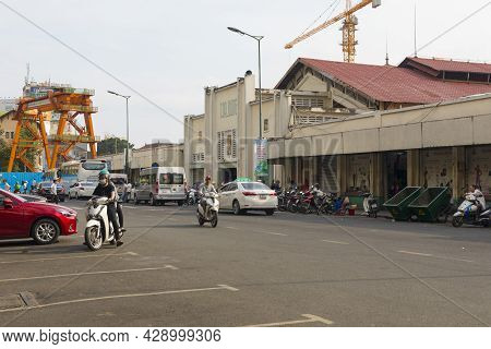 Ho Chi Minh, Vietnam - Oct 17, 2019 : Street View Of Ben Thanh Market With Unidentified People Walki