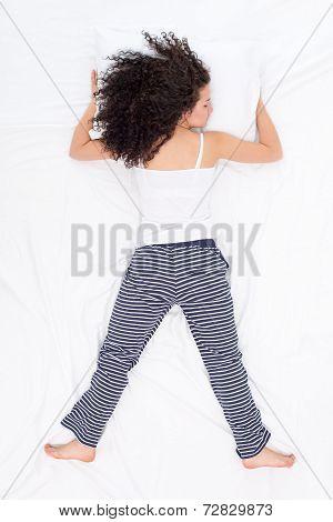 Female sleeping Freefaller pose