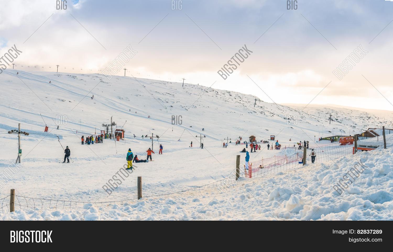 imagen y foto vodafone ski resort (prueba gratis)   bigstock