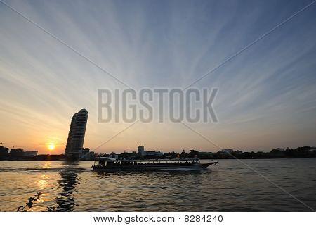 Ls0003-chao Praya River