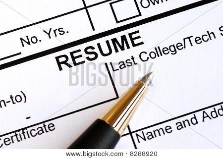 Nahaufnahme der Abschnitt Resume und einen Stift