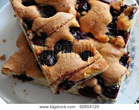 bake,cake,colorful,cook,crust,cuisine,desert,dessert,dine,dried,eat,food,fruits,golden,holiday,home,