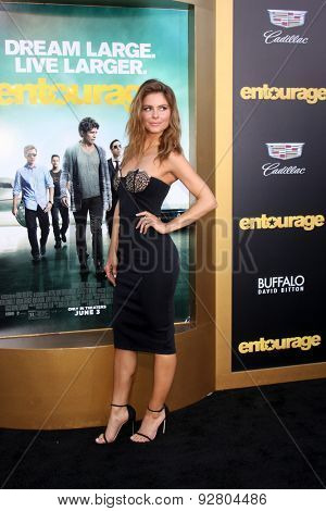 LOS ANGELES - MAY 27:  Maria Menounos at the