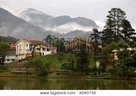 Houses in the Mountains