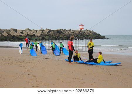 Kids Surfing Lessing In Scheveningen