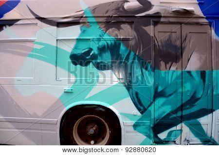 Street art bull