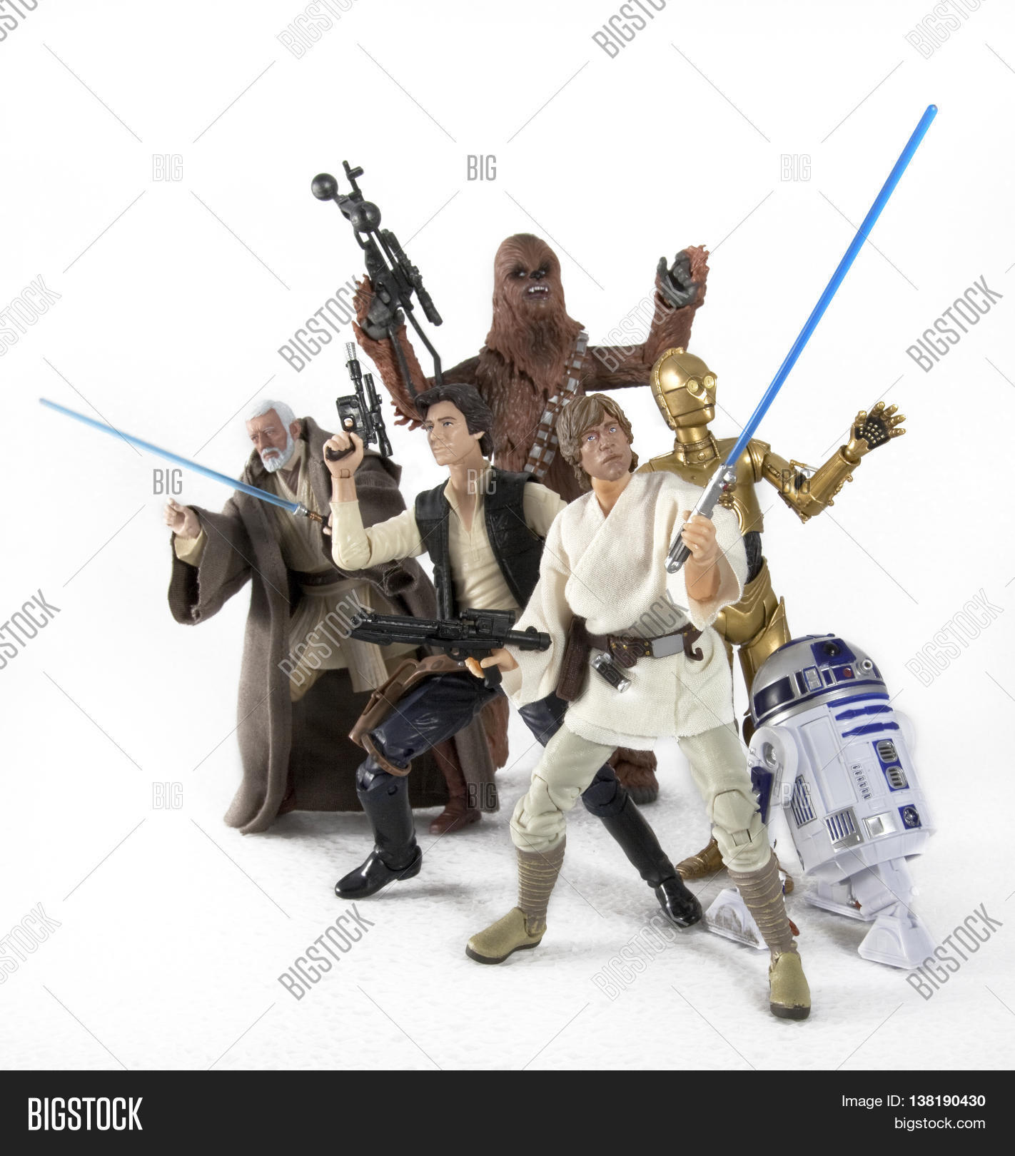 """Hasbro Star Wars The Black Series 6/"""" inch Chewbacca Action Figure in stock"""