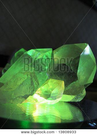 Mountain cristal on the green lantern