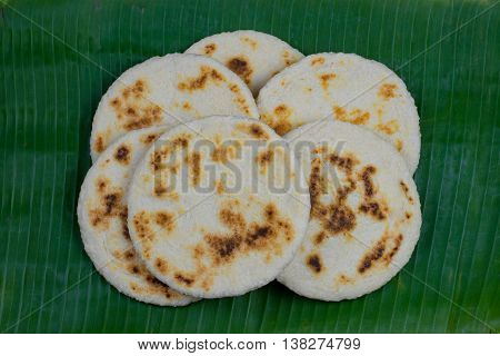 Sri Lankan pol roti or coconut rotti in kesel kole