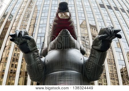 Giant Inflatable Mouse In New York - Usa Wall Street