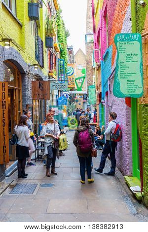 Picturesque Alley Neals Yard In London, Uk