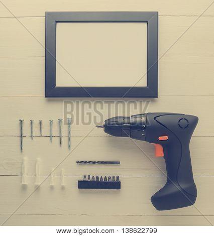 Picture Photo Frame Driller Installation equipment Set.