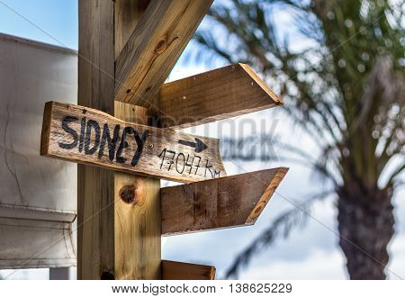 Sidney populous city Signpost - distance a places all over the world