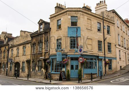 BATH SOMERSET UK - JULY 15 2016 King William Public House. Pub on London Road in the UNESCO World Heritage City of Bath in Somerset England with Union Jack flag flying
