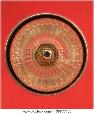 Circle shapes & patterns in old radio knob