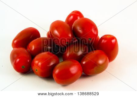 Organic Cherry Tomatoes - Whole organic cherry tomatoes are sweet and nutritious.